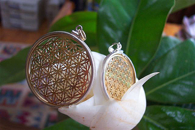 Flower of Life in Gold and Silver
